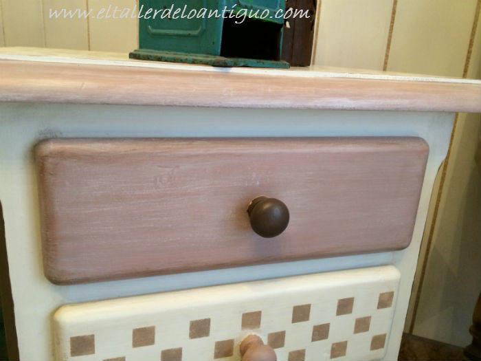 6-pintar-muebles-de-pino-miel