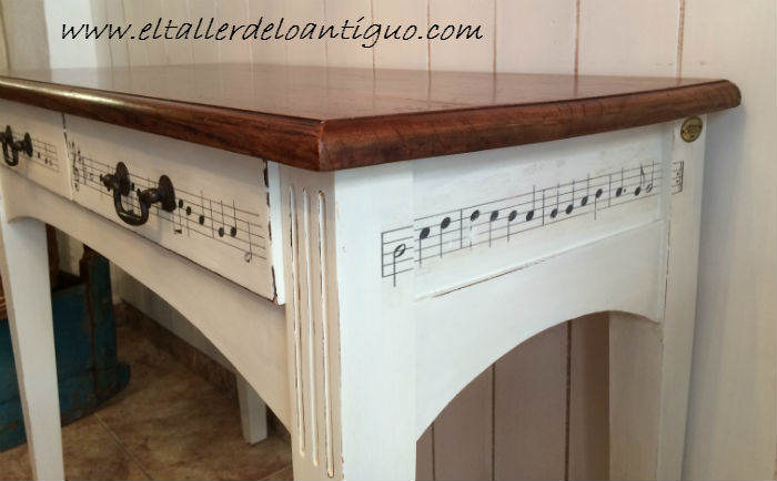 Un escritorio musical el taller de lo antiguo - Muebles decapados en blanco ...
