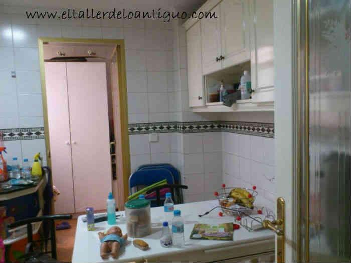 Como pintar armarios de cocina el taller de lo antiguo - Alicatar cocina o pintar ...