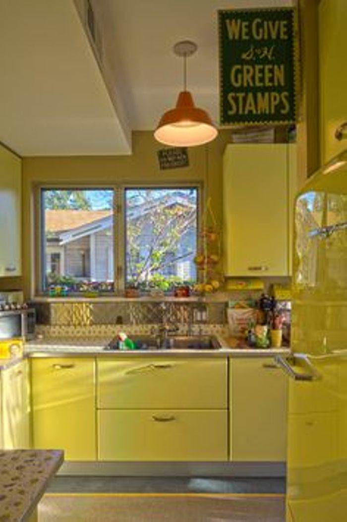 Kitchen Cupboards Old Fashioned