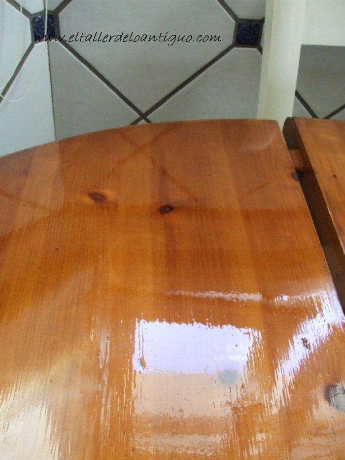 Quitar manchas de la madera el taller de lo antiguo for Quitar pintura de madera