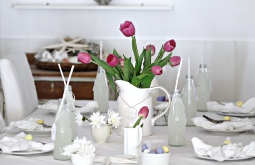 a beach cottage tulips white jug blog 650x422 500x324 Easter Decorating Ideas