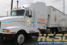 Public Safety LTE network: a new way to implement a mobile command unit as temporary headquarter