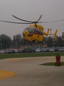 Elicottero di romagna soccorso in decollo dalla elibase di Ravenna