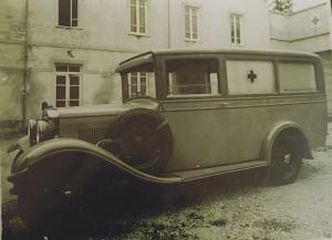 Foto 2: la seconda ambulanza, una O.M. 469 del 1932; purtroppo, non è stato possibile risalire all'allestitore – foto ASCVP