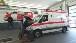 336770879-autofficina-caserma-dei-vigili-del-fuoco-muelheim-an-der-ruhr-ambulanza