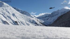 L'elicottero militare di Bolzano ripreso dalla webcam del Heeres-Hubschraubers im Landeanflug