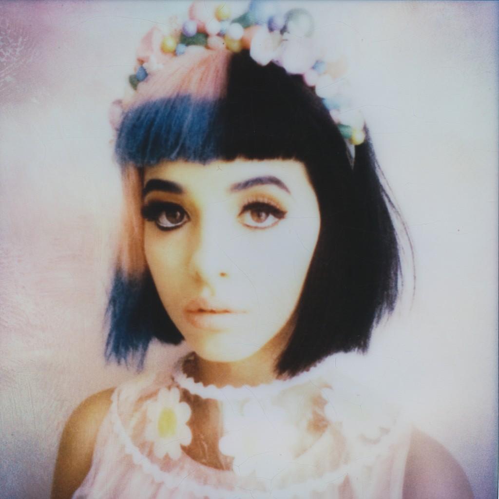 Vintage Cute Girl Wallpaper Melanie Martinez Emily Soto Fashion Photographer