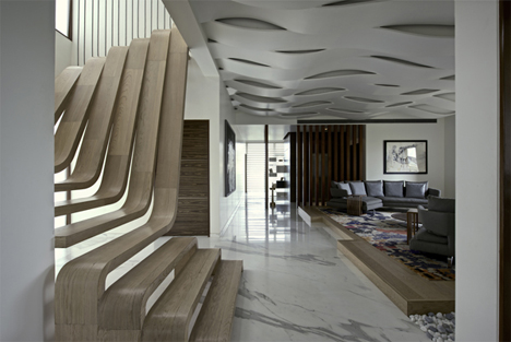 sculptural-wooden-staircase