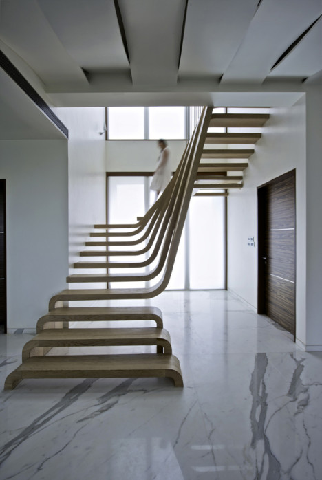 walnut-waterfall-staircase