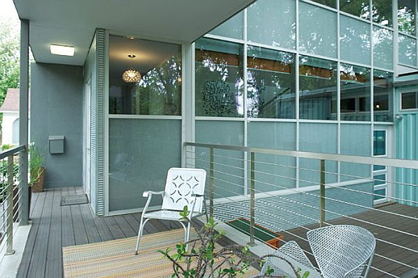 Five-Shipping-Containers-Into-a-Cozy-Modern-Home-2