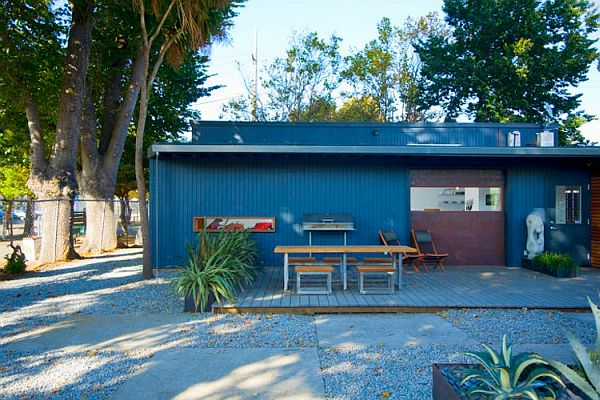 Shipping-Container-Conversion-by-building-Lab-Inc-2