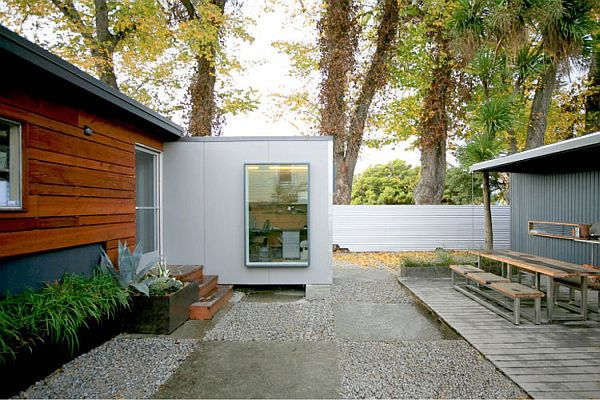 Shipping-Container-Conversion-by-building-Lab-Inc-5