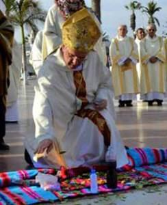 """El nuncio de Francisco dando ejemplo de """"ortodoxia"""" y """"eclesialidad"""""""