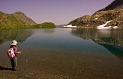 enfant-randonné-lac-Foréant-Queyras