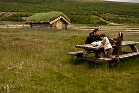 famille-enfant-randonneurs-Norvège-randonnée