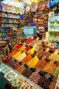 visite-famille-istanbul-enfant-bazar-voyage-guide-info