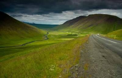 route-et-paysage-en-islande