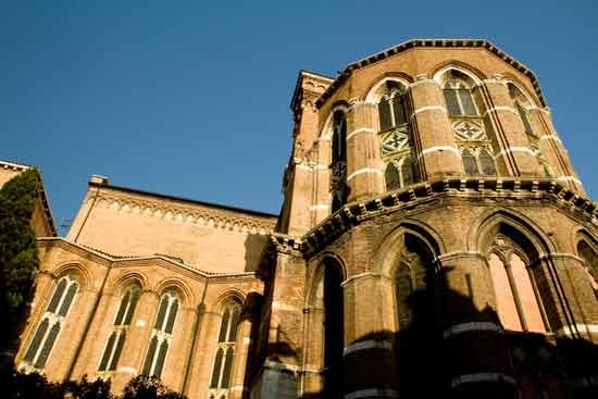 chiesa-Santa-Maria-dei-Frari-venise-italie