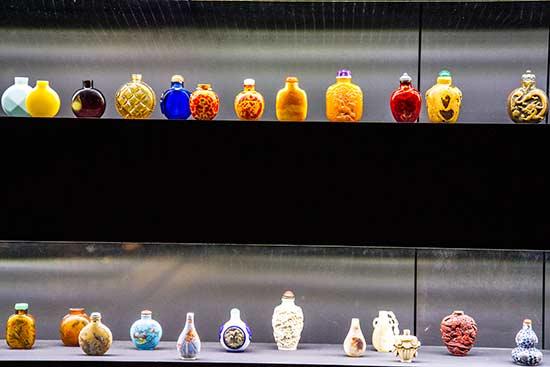 musée-de-l'Orient-lisbonne-fioles