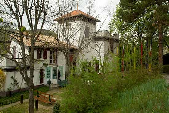 maison-alexandra-david-neel-dignes