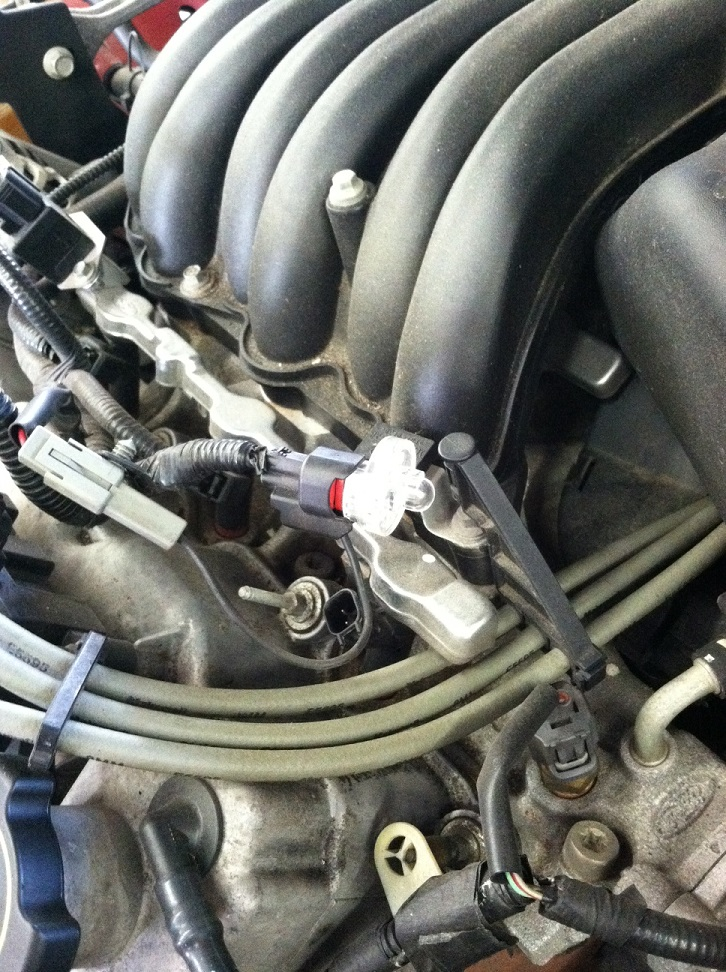 How to check fuel injector pulse using a noid light Engine Misfire