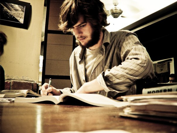 Professional and Highly Qualified English Essay Writer
