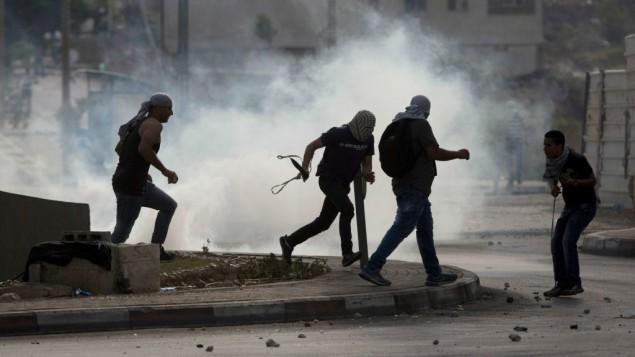 Los países árabes piden a Abbas que restaure la calma