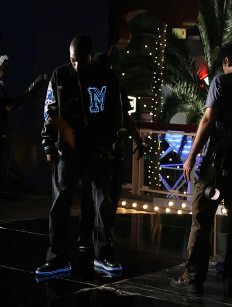 mishon enlighted illuminated clothing