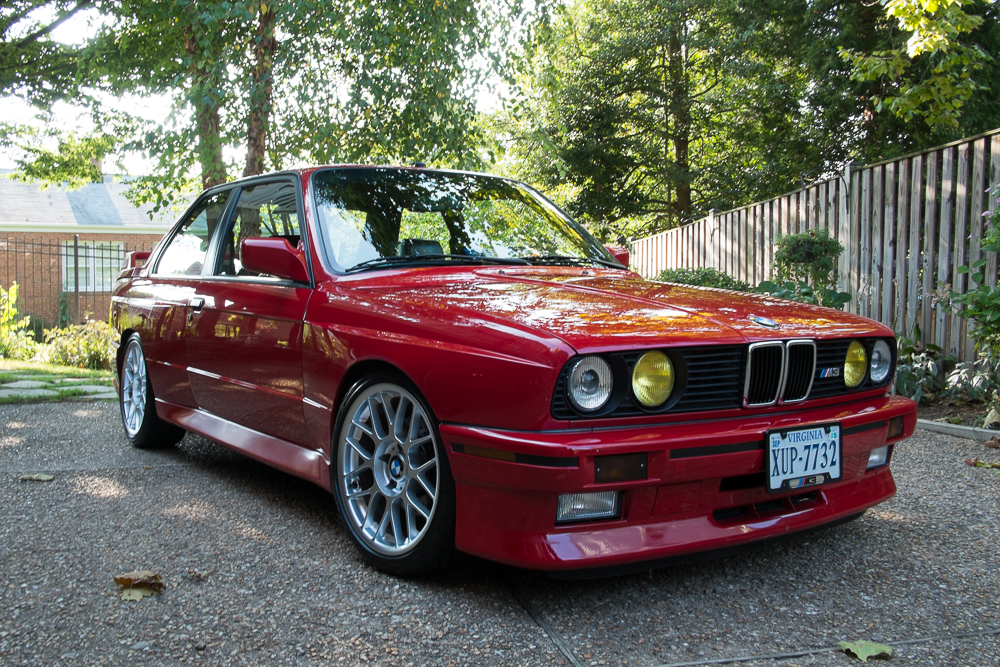 Zinnoberrot E30 M3 – Well Maintained, Adjustable Suspension