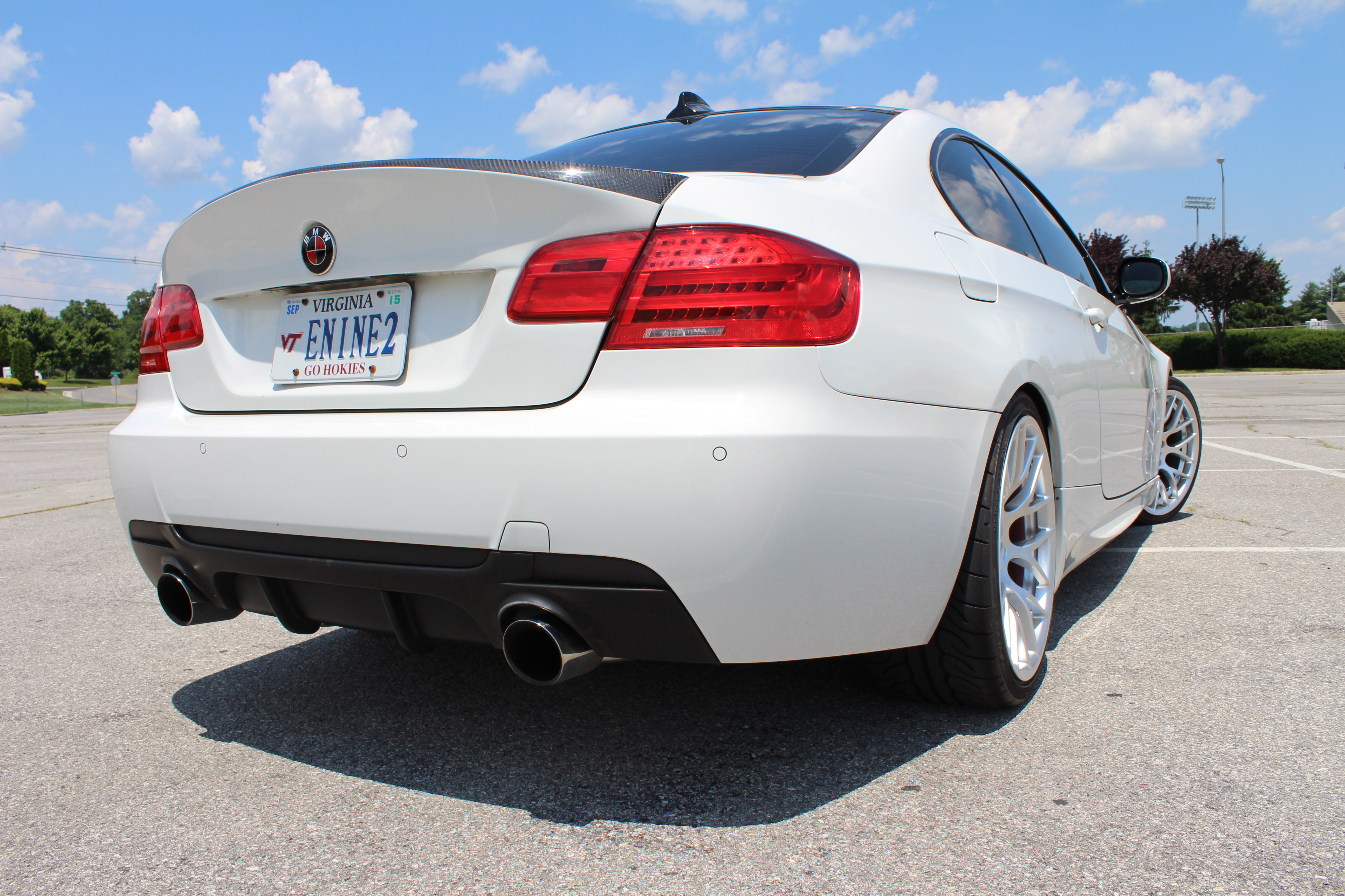 Nicely Modified E92 335i – Clean White