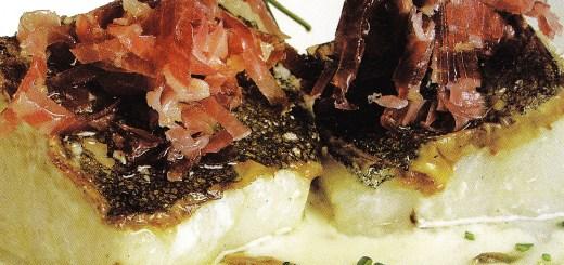 Bacalao sobre ragu de judías blancas y verduras
