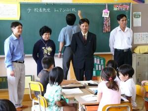 ベトナムからのお客さん、右からフン副会長、トゥアン副校長、テ校長