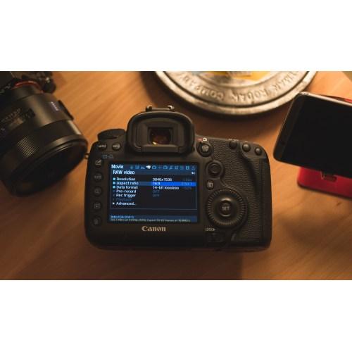 Medium Crop Of Used Canon 5d Mark Iii