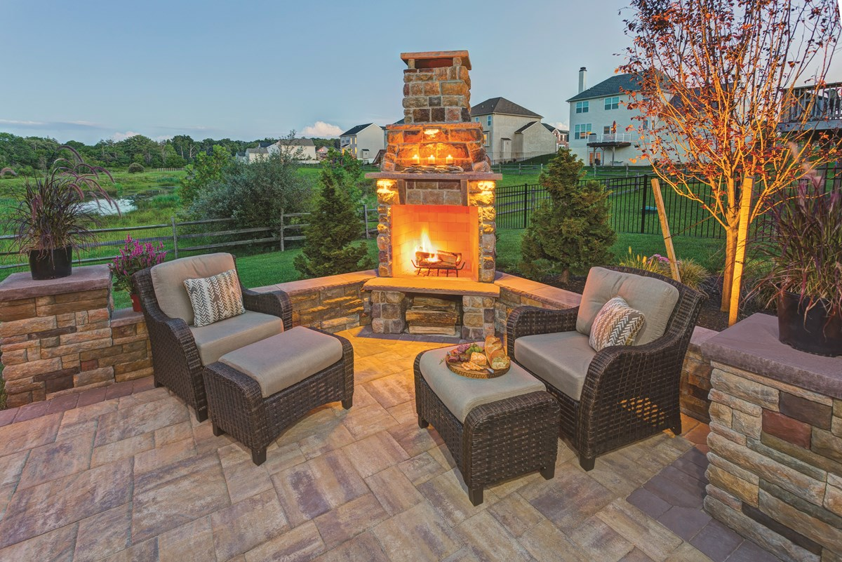Ep Henry 53 761 Patio Fireplace Walls Pavers Ep Henry
