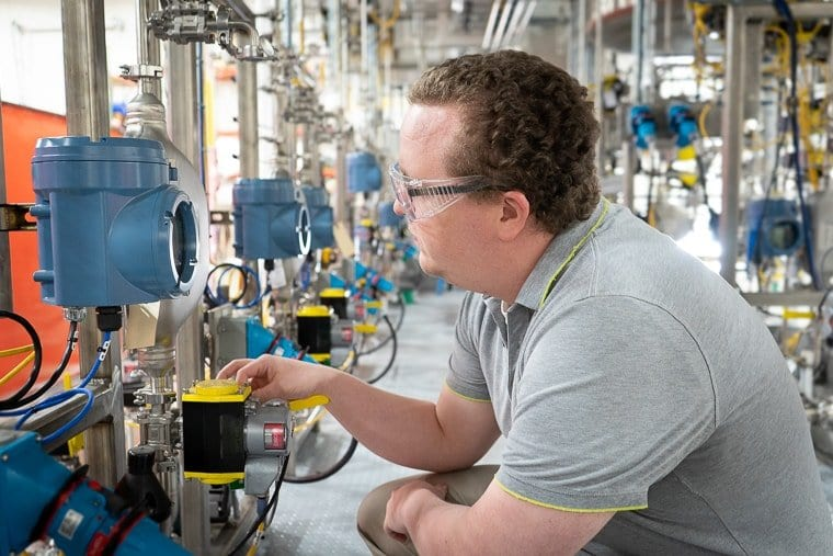 See Your Industrial Process Plant Layout and Piping Design with Photos