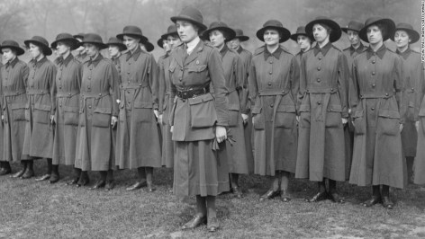 Women volunteered for auxiliary service at the onset of WW I