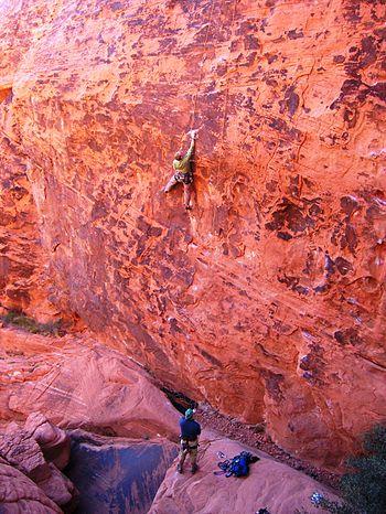 English: Climbers in Red Rocks of Nevada, USA....
