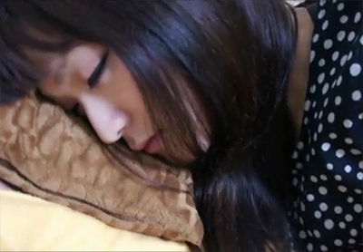 ロリ顔のJDを睡眠薬で昏睡させレイプする個人撮影の激タバなエロ動画のリンク 2枚目