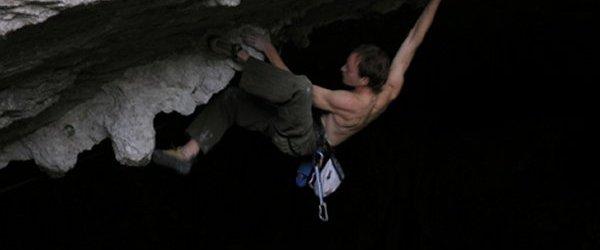 Aupa, Sacamos a uno de los escaladores ibericos más duros de su cueva de entrenamiento. Es el primer español en alcanzar el 9a, de hecho […]