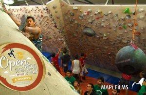 Video escalada boulder Open Bloc Piri 2013 Vilassar de Mar