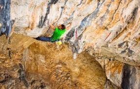 Video escalada deportiva Dani Andrada y Edu Marín en Chilam Balam 9a+/b en Malaga