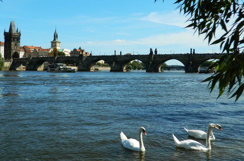 Países para viajar barato - Na República Tcheca se gasta US$ 36 por dia
