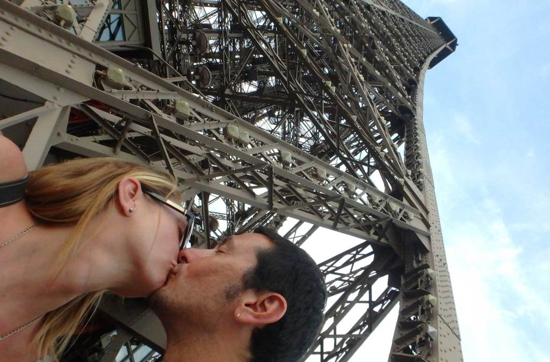 Fotos de viagem romântica - Torre Eiffel, em Paris