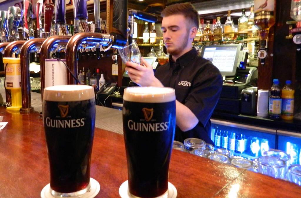 Roteiro na Irlanda - Pub em Belfast