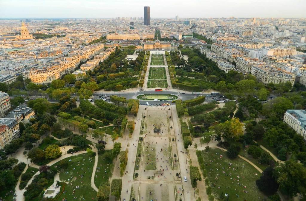 Como visitar a Torre Eiffel - Champ de Mars visto alto da torre