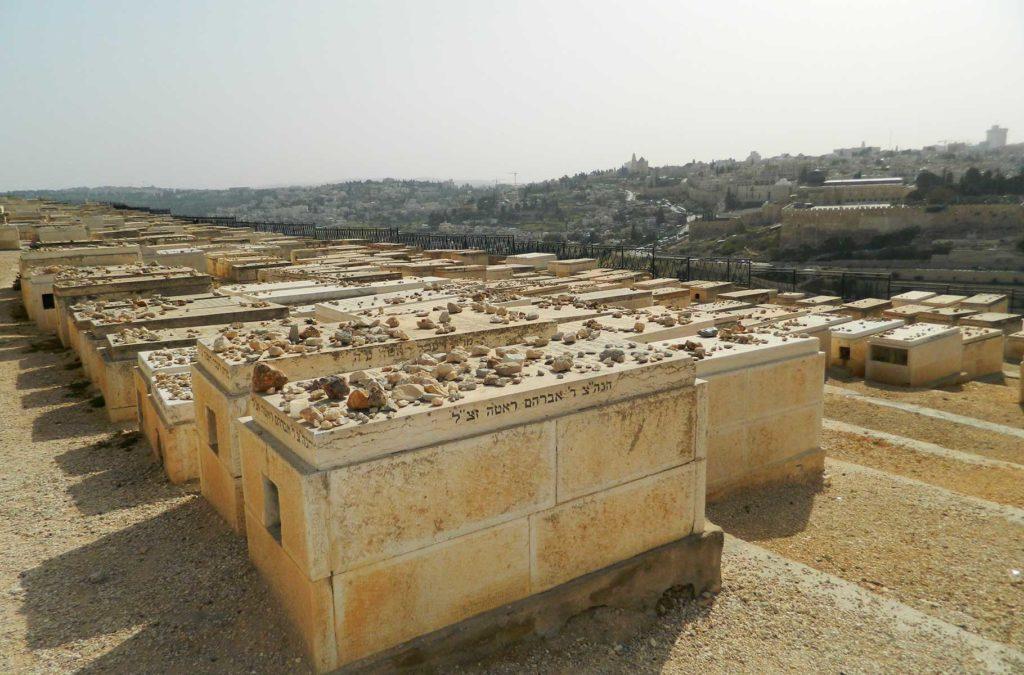 Roteiro em Jerusalém - Cemitério Judaico