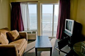 3palms-myrtle-beach-room.jpg