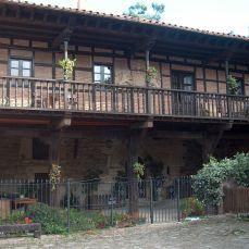 Casa Plaza del Cantón
