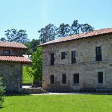 Palacio y Capilla